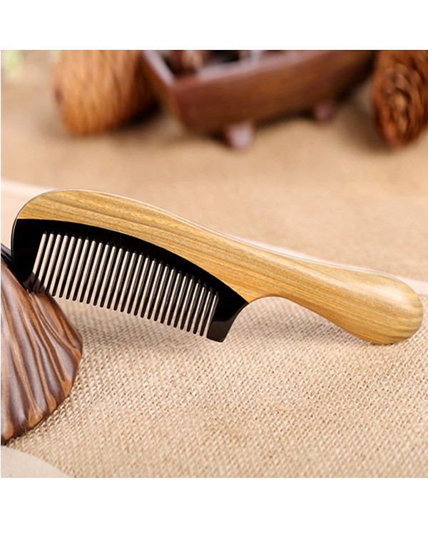 FESHFEN Natural Handmade Wooden Comb Green Sandalwood Hair Comb No Static Detangling Buffalo Horn & Wood Comb - Burlywood