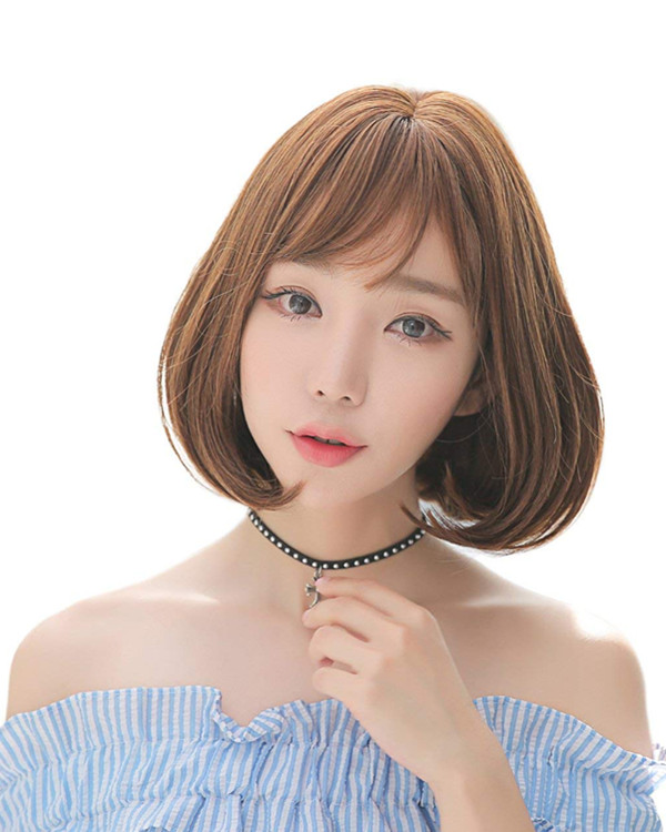 FESHFEN 2018 New Bob Hair Cute Short Wavy Light Brown Lolita Wig With Bang Costume Wig For Girls