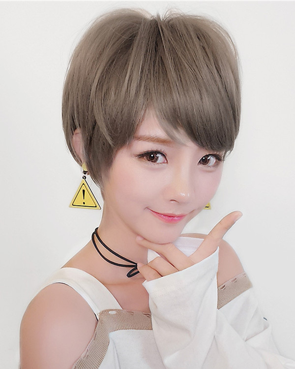 FESHFEN Chic Flax Grey Short Bob Wig For Women Fashion Bobo Wig