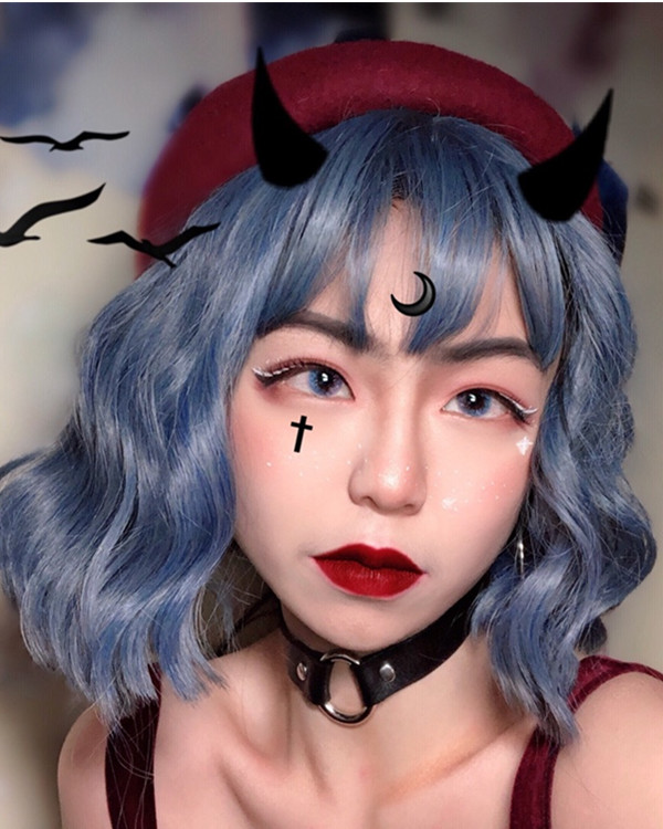 FESHFEN 2019 New Chic Pastel Blue Short Wavy Smoky Blue Granny Costume Wig For Girls With Bang