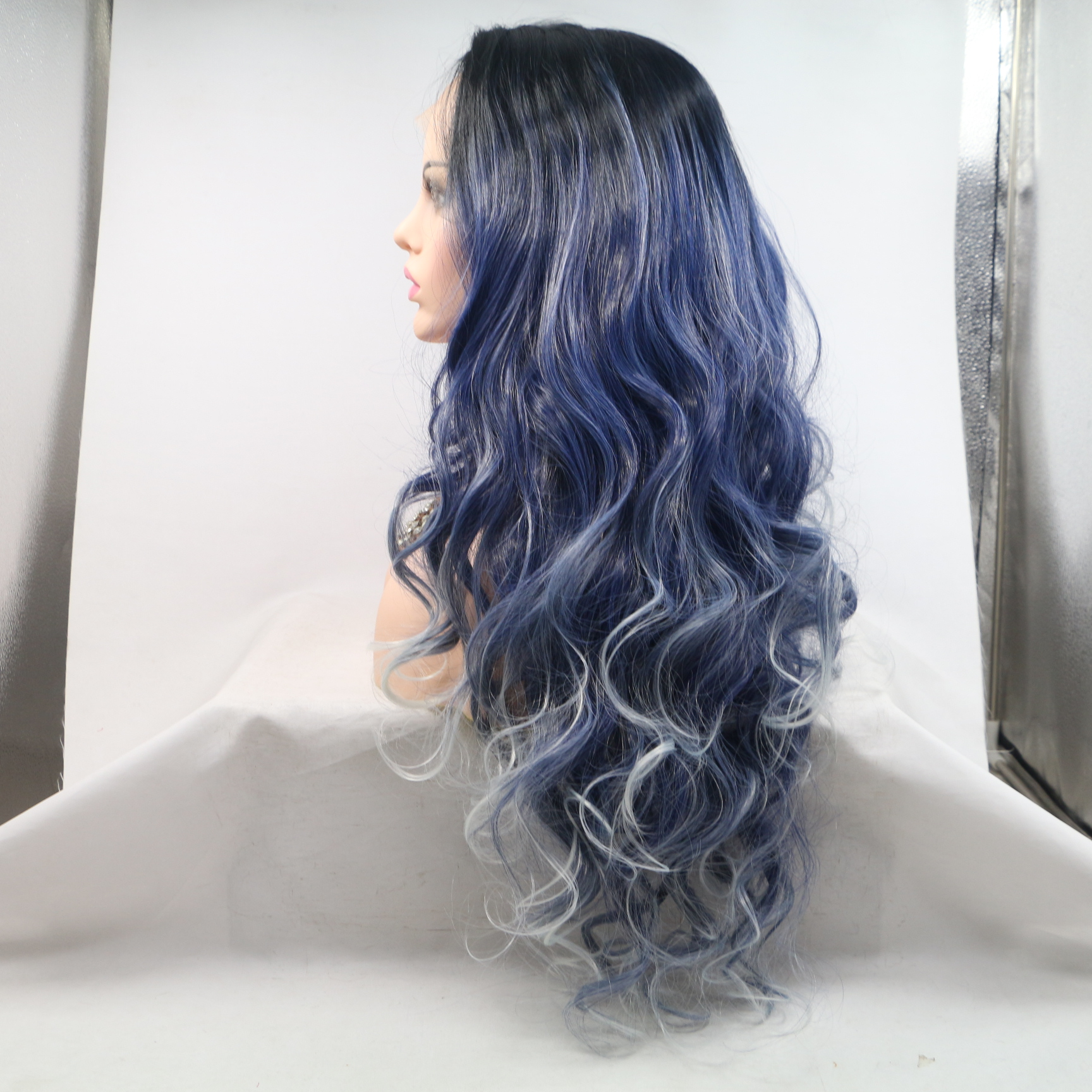 2018 New Arrival Blue White Highlights Long Wavy Blue Silver Mixed