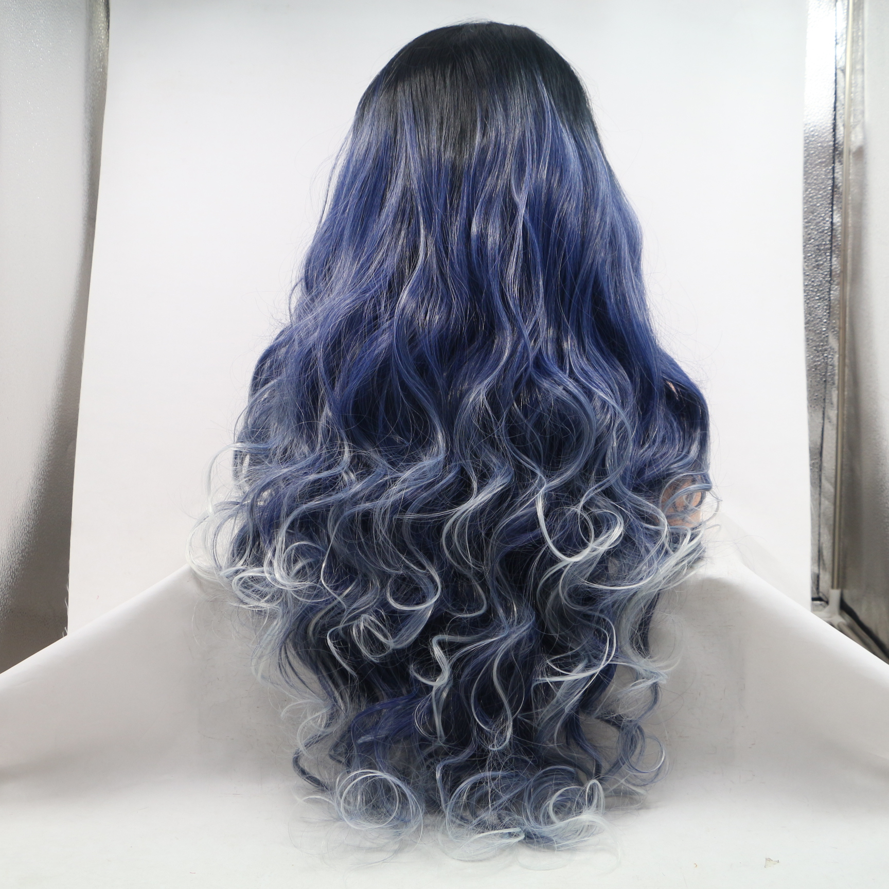 2018 New Arrival Blue White Highlights Long Wavy Blue